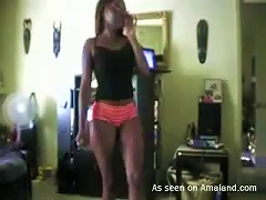 Homemade Video Of Hot Ebony Babe Shaking Her  In The amateur sex
