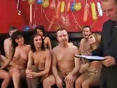 Party Show With All These Babes Blowing And Getting Nailed amateur sex